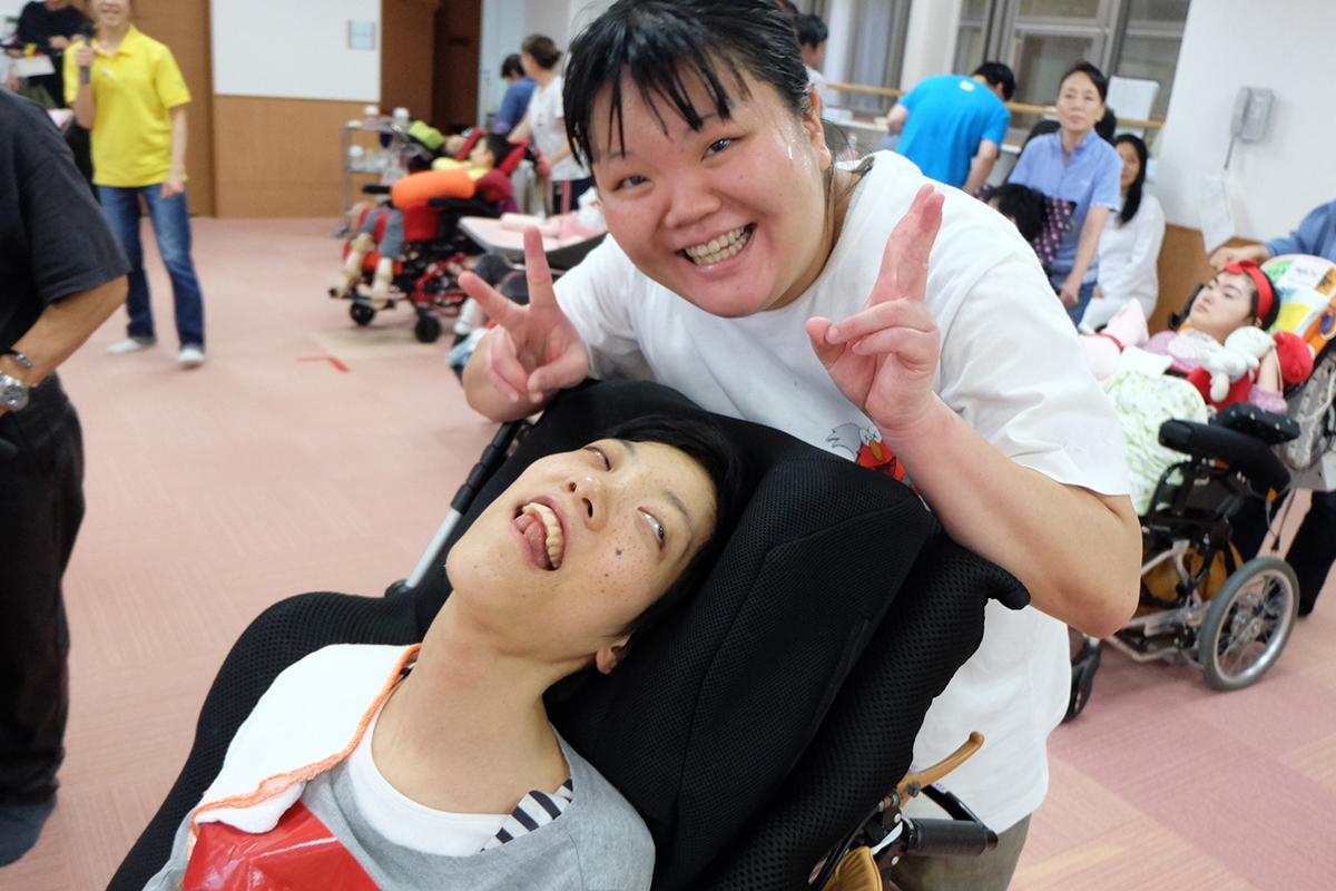 障害のある方の支援スタッフ(湘南国際村/ライフゆう)