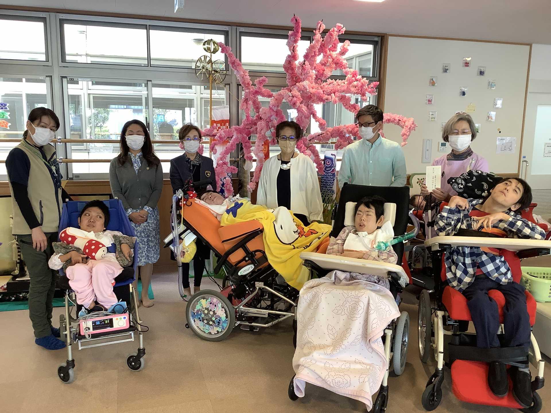 国際ソロプチミスト横須賀の皆さまからご寄付を頂きました。(ライフゆう)